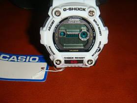 Спортивные часы G-Shock Sport Resist цвет белый