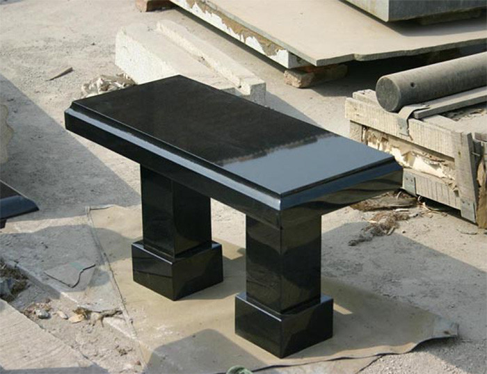 Столы лавки из гранита любой формы и размера №0030