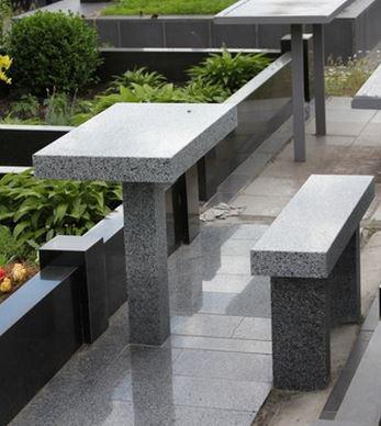 Столы лавки из гранита любой формы и размера №0036