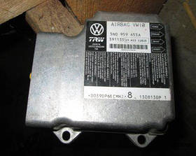 Блок управления подушками безопасности Seat Leon 2005-2013
