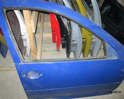 Дверь передняя правая (4-дверный кузов) Volkswagen Golf 4 1997-2006, B
