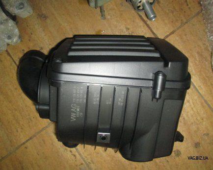 Корпус воздушного фильтра Volkswagen Caddy 3 с 2004, Golf 5 2004-2009, Passat B6 2005-2010, Jetta V 2006-2011, Touran 2003-2015, Golf 6 2009-2014,