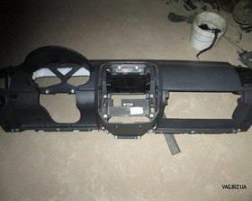 Торпедо (панель приборов) Volkswagen Polo IV 2002-2009