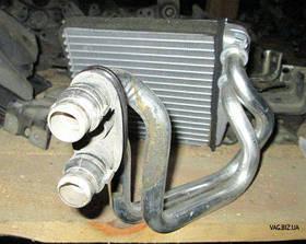 Радиатор печки (теплообменник) Volkswagen Eos с 2006, Caddy 3 с 2004, Golf 5 2004-2009, Passat B6 2005-2010, Jetta V 2006-2011, Tiguan 2007-2016,