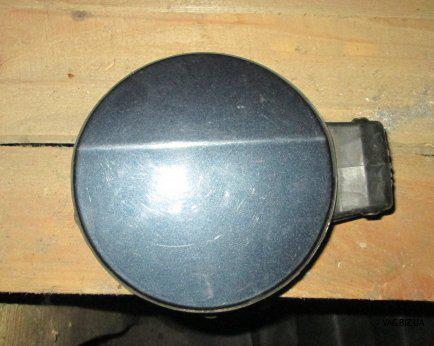 Крышка лючка бензобака Volkswagen Passat B6 2005-2010