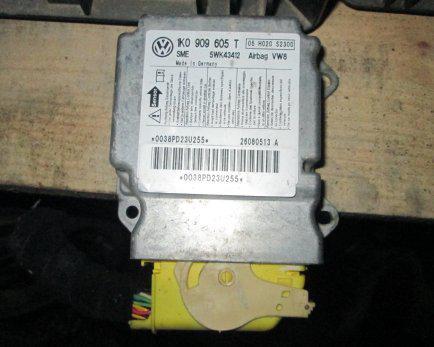 Блок управления подушками безопасности Volkswagen Golf 5 2004-2009, Jetta V 2006-2011, Golf 5+ 2005 - 2009