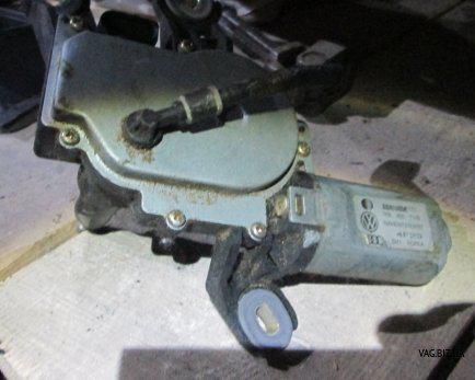 Электродвигатель (моторчик) заднего стеклоочистителя Volkswagen Golf 5