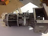 Электромотор двигатель для садового измельчителя веток Bosch AXT 22 D/AXT 23 TC/AXT 25 D/AXT 25 TC (2609004990)