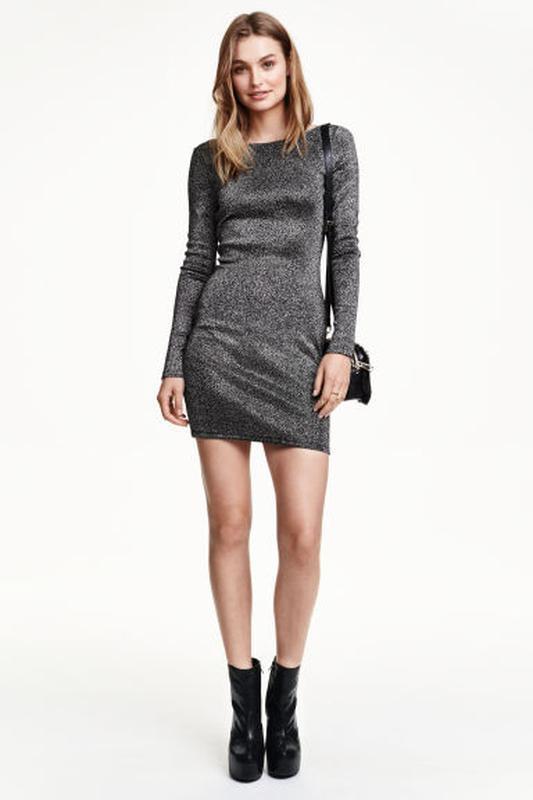 Облегающее платье с серебристой блестящей ниткой H&M