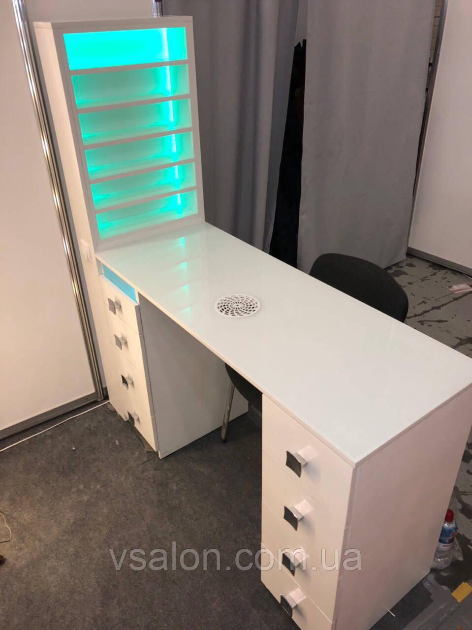 Профессиональный маникюрный стол с УФ лампой, полочкой для лаков с подсветкой V215