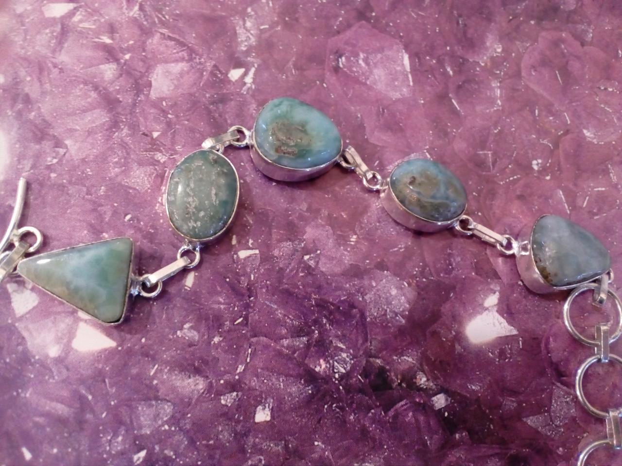 Красивый браслет с ларимаром. Браслет - природный ларимар (Доминиканская бирюза) в серебре.