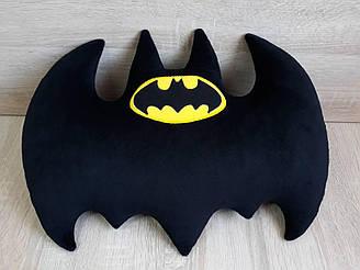 Мягкая игрушка-подушка «Бэтмен» эмблема бэтаранг