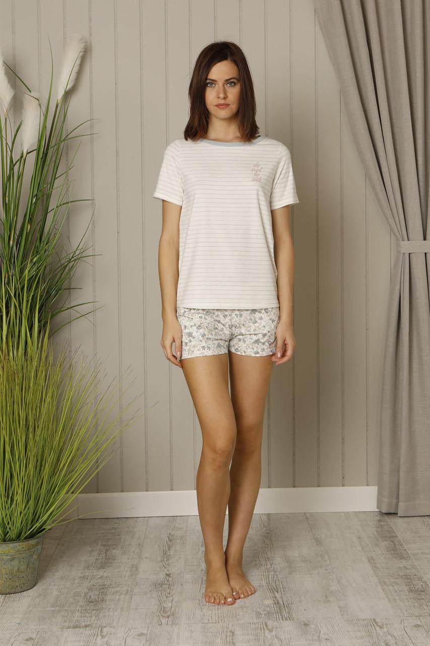 Літня жіноча піжама із футболкою білого кольору та короткими шортами HAYS 18509