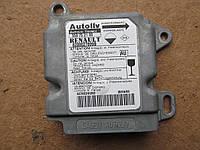 Б/у блок управления airbag 8200027899 renault master opel movano рено мастер опель мовано 2.2 2.5 2.8