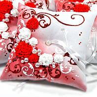Подушечка под свадебные кольца (красная)