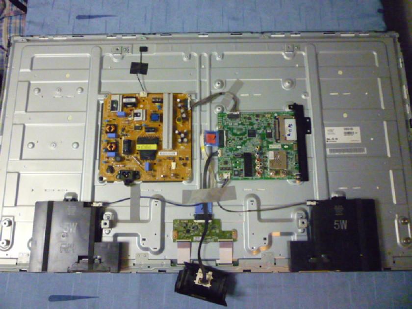 Платы от LED TV LG 42LB552V-ZA.BDRWLDU поблочно, в комплекте (разбита матрица).