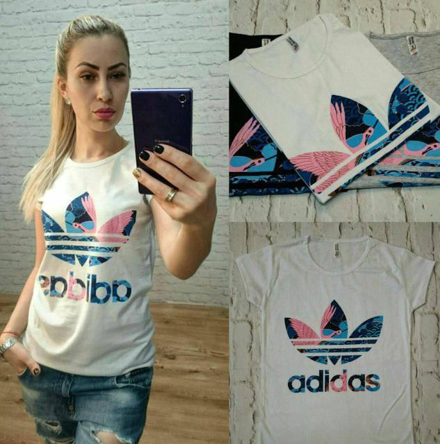 Женская модная футболка Адидас