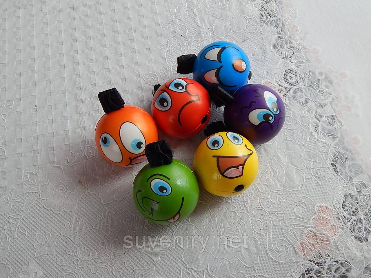Детские мячи с резинкой на палец