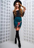 Замшевая юбка с вышивкой