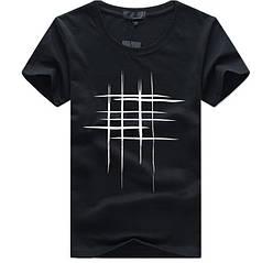 """Стильна чоловіча футболка """"Решітка"""" чорного кольору"""