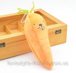 Школьный пенал плюшевый морковка
