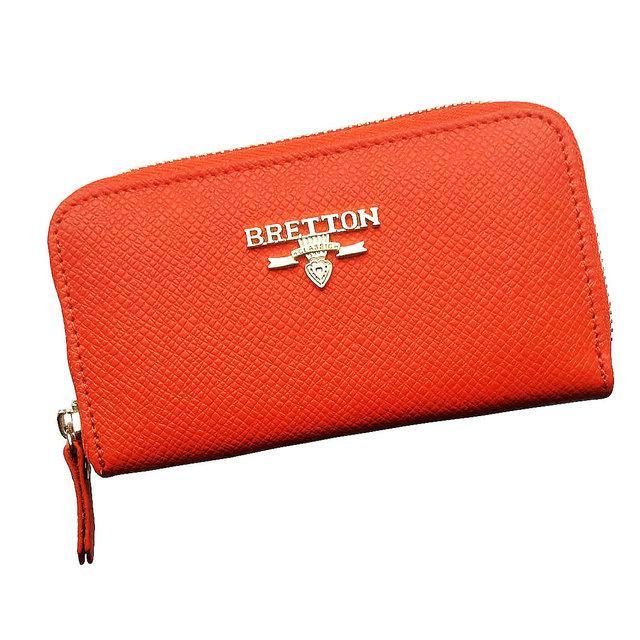 Кошелек ключница женская Bretton из натуральной кожи. Чехол для ключей. Оранжевый, синий и черный цвет.