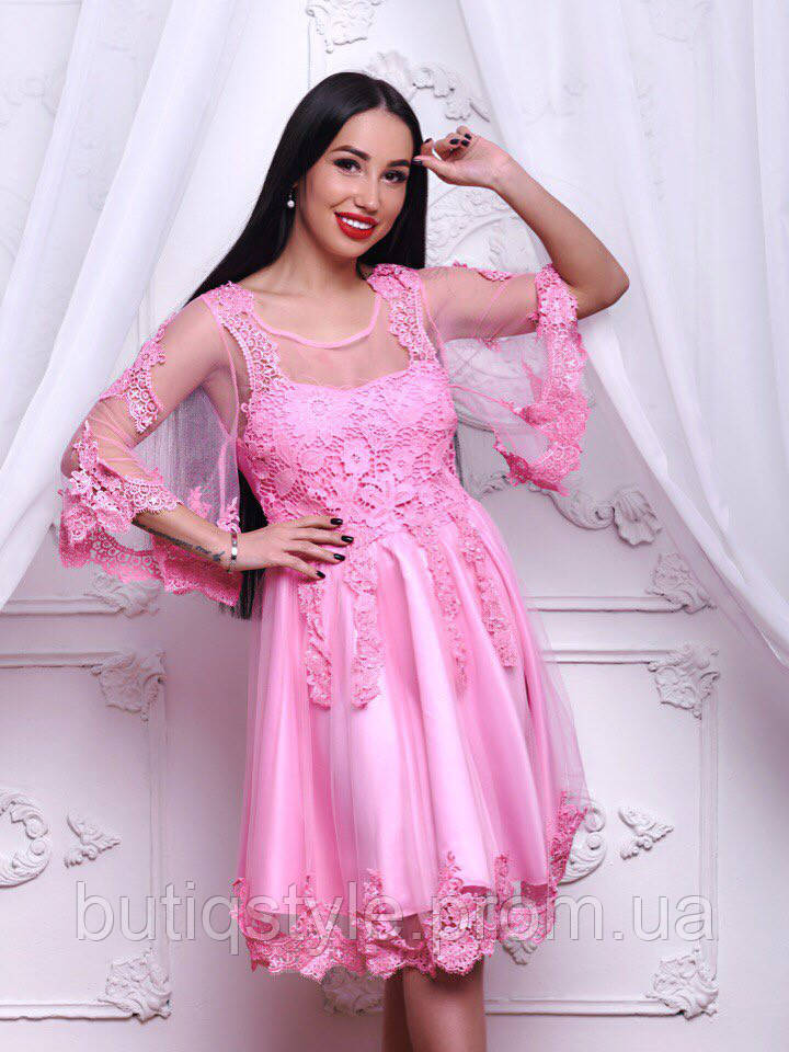 Шикарное шифоновое платье с дорогим кружевом класса люкс только розовое
