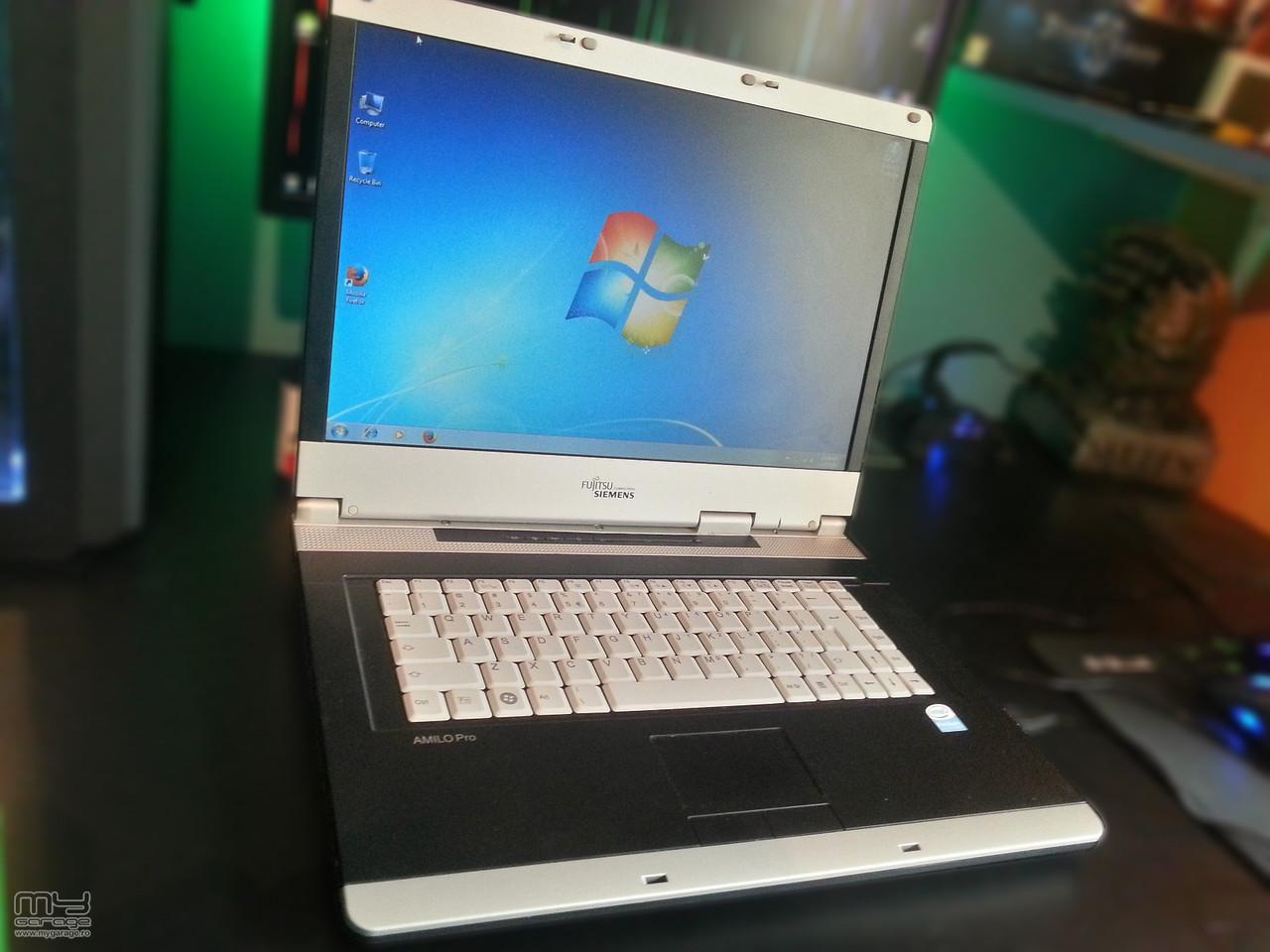 Ноутбук 2-х ядерный Fujitsu-Siemens Esprimo V3515