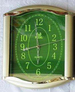 Кварцевые настенные часы Pearl LZ-E