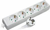Удлинитель 3 гнезда 3м с заземлением с защитой E.NEXT e.es.3.3.z.b.