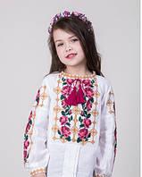Красочная вышитая блуза для девочки с розами на домотканном полотне, фото 1