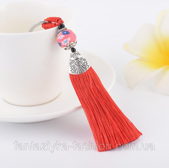 Брелок кисточка из шелковых нитей красный
