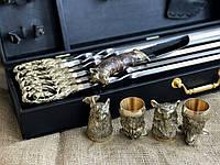 """Подарочный набор """"Охота на кабана""""Нож Шампура Охотничьи стопки 4 штук"""
