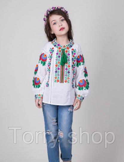 Красочная вышитая блуза для девочки на домотканном полотне