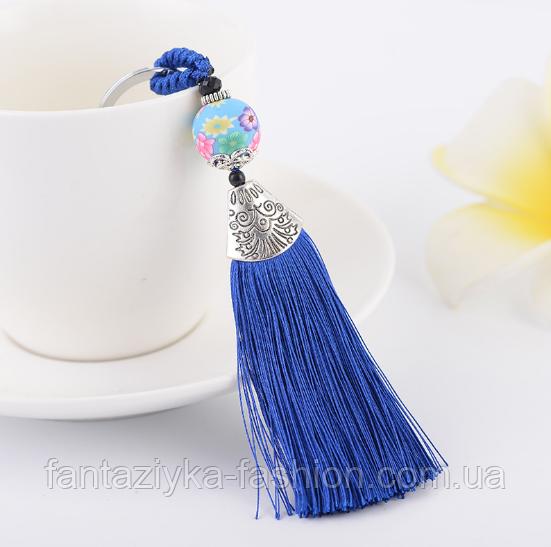 Брелок кисточка из шелковых нитей синий