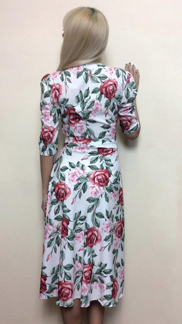 Женское платье на запах миди П228