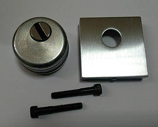 Броненакладка Quadra под цилиндр хром матовый,60*60