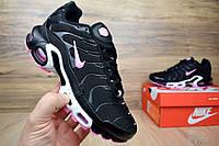 Женские кроссовки Nike  TN Plus черные/розовый знак Топ Реплика Хорошего качества