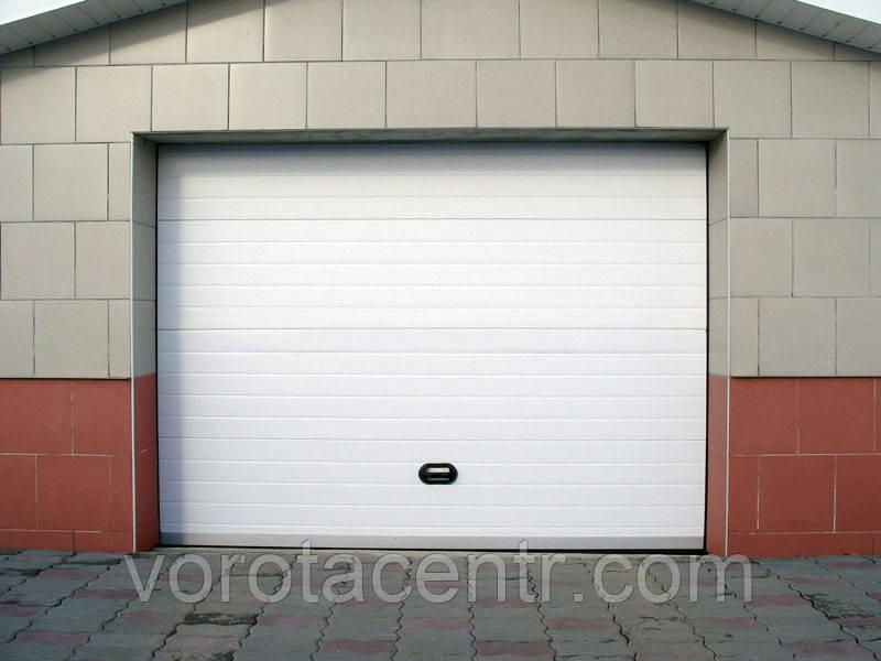 Ворота гаражні секційні RSD01 2500х2100 Doorhan