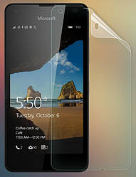 Защитная пленка Microsoft Lumia 550 глянцевая (Люмия 550)