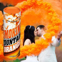 Оранжевый цветной дым для фотосессии