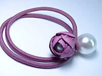 Резинка для волос Роза с жемчугом розовая