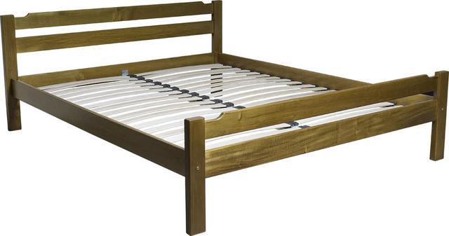 На фото: кровать из натурального дерева с ортопедическим основанием (ламели)