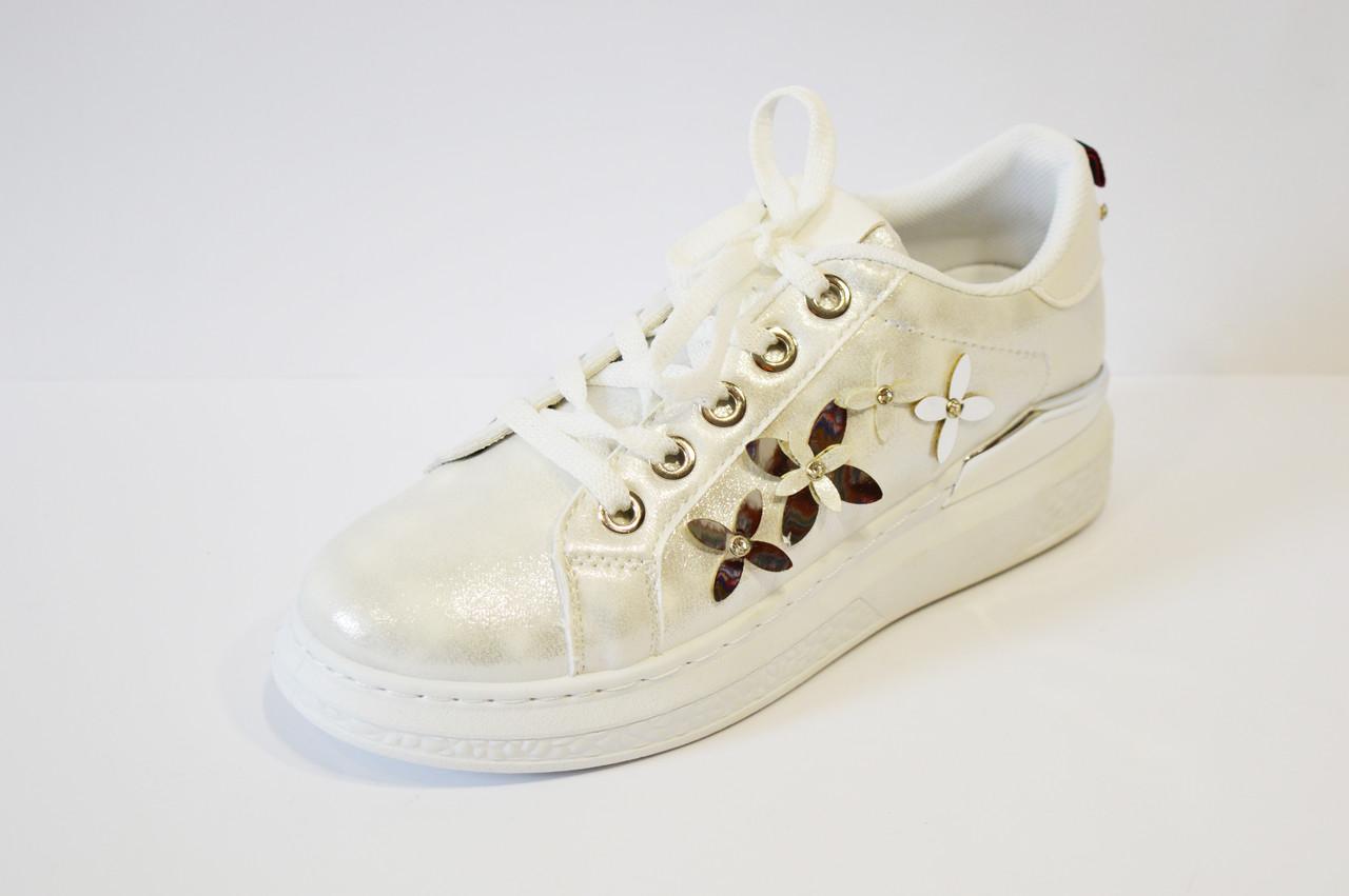 Кросівки сріблясті з квітами Sopra 02