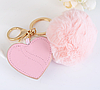 Брелок меховой помпон с сердцем розовый, фото 3