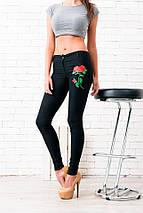 """Узкие женские джинсовые брюки """"РОЗА"""" с вышивкой, фото 2"""