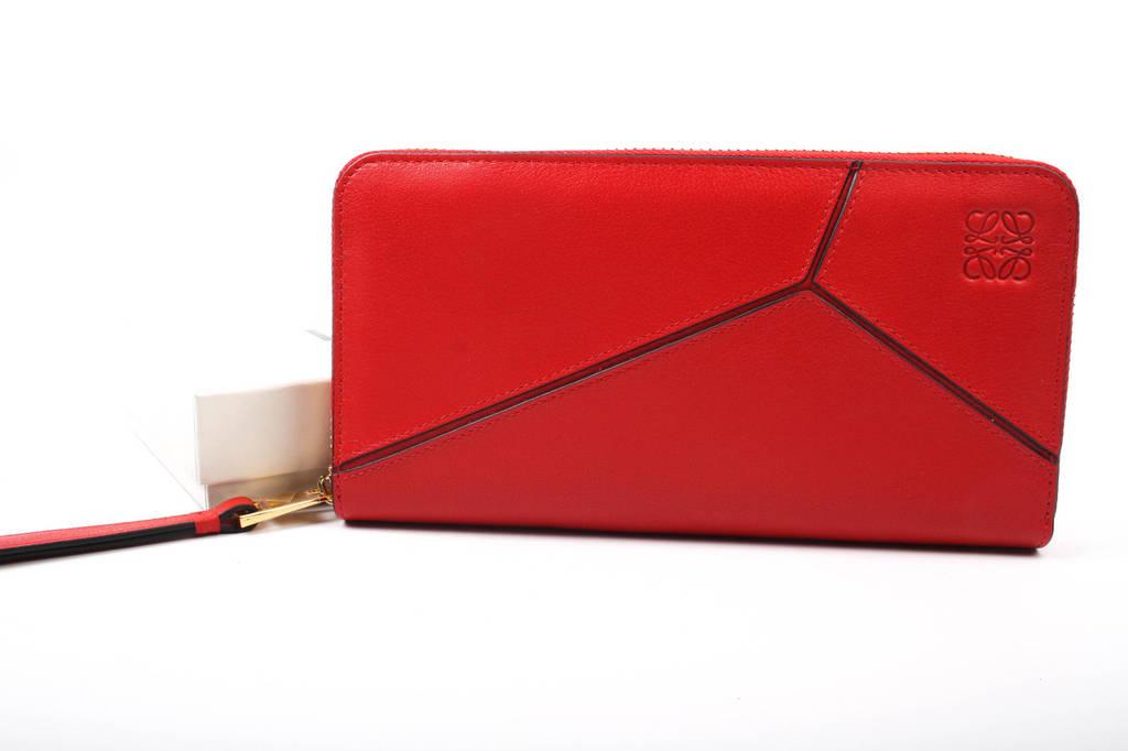 Кошелек женский стильный LOEWE натуральная кожа, цвет красный