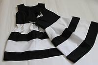 """Повседневно - нарядные платья на маму и доченьку в стиле Фемели лук """"Бело - черная полоска"""""""