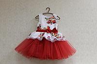 """Нарядное платье на девочку """"Гламурная радость"""" с красным фатином и белым верхом"""