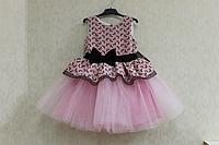 """Нарядное платье на девочку """"Гламурная радость"""" с розовым фатином и верхом с бантиками"""